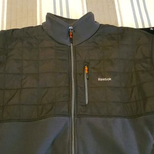 Men fleece jacket in excellent condition